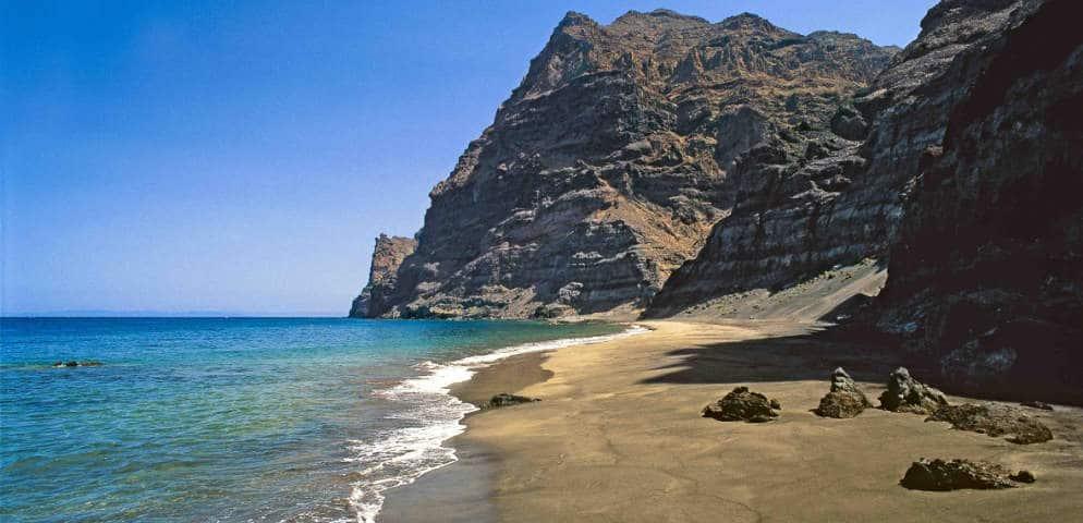 Plage vierge île canarie, Güi Güi Strand in Gran Canaria, beautifull preserved beach in the Canaries